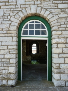 DoorwaysFromOutside